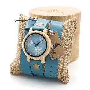 ceas dama lemn
