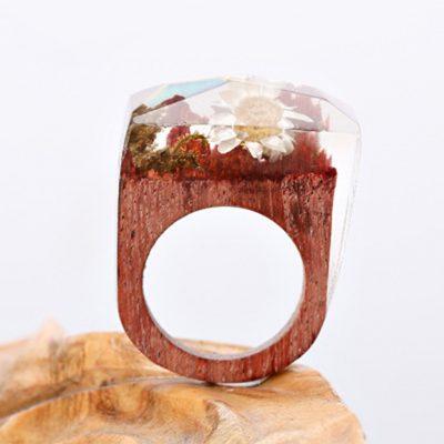inel din lemn si rasina