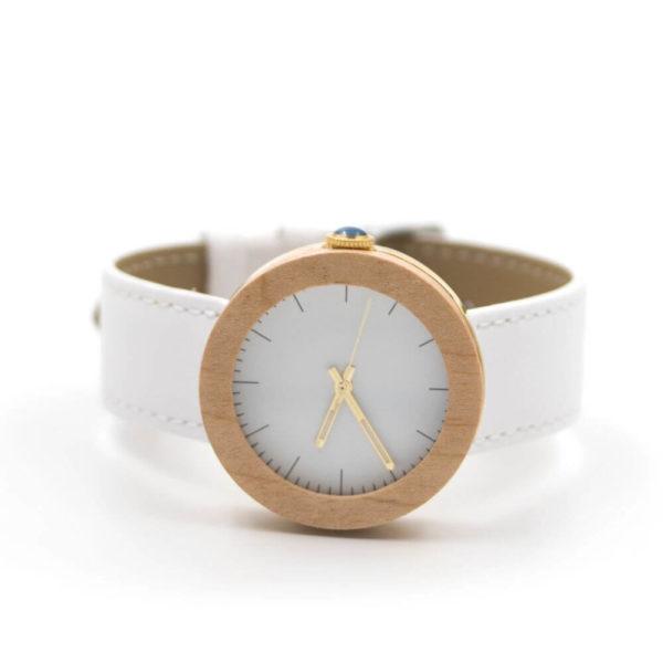 ceas alb lemn