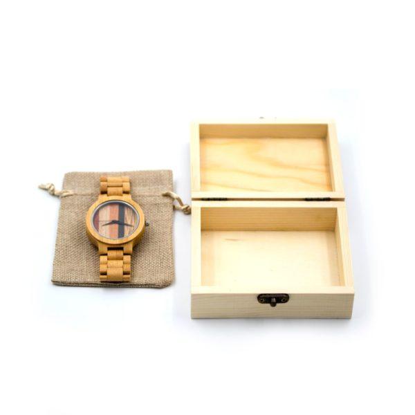 ceas cadou din lemn
