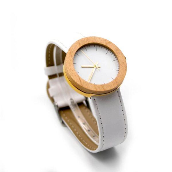 ceas de mana alb lemn