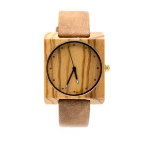ceas din lemn dama