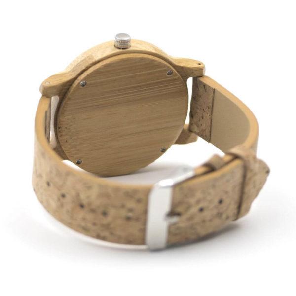 ceas lemn mana
