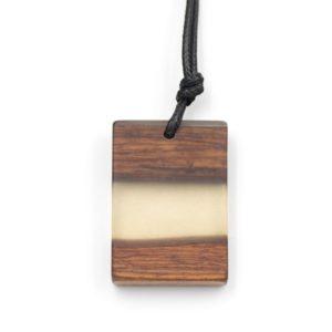 colier lemn