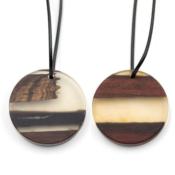 coliere lemn rasina