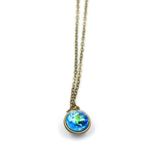lantisor cu medalion