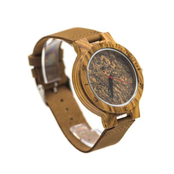 ceas din lemn pluta