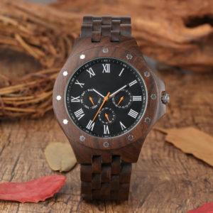 ceas din lemn natural