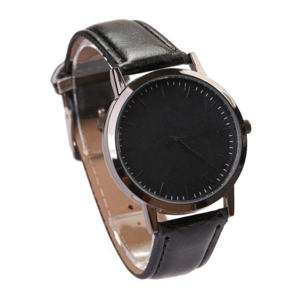 ceas negru simplu