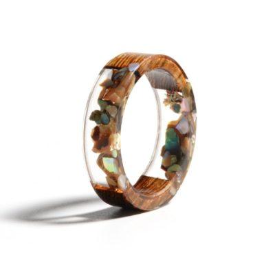 inel lemn rasina piatra