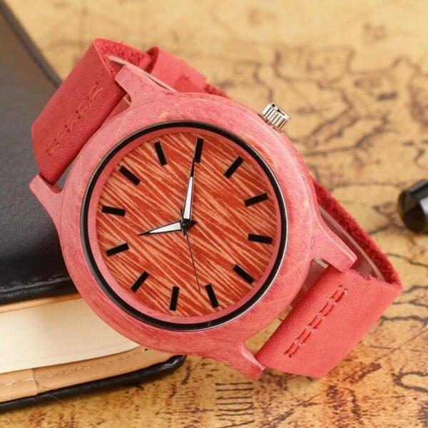 ceas caracasa lemn